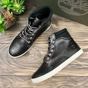 NIB Timberland Dausette High Top Sneaker Boots